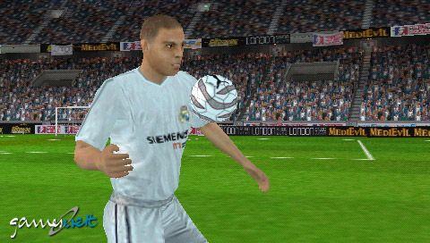 World Tour Soccer (PSP)  Archiv - Screenshots - Bild 7