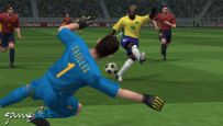 Pro Evolution Soccer 5 (PSP)  Archiv - Screenshots - Bild 2