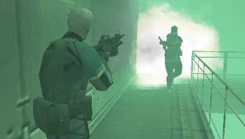 Metal Gear Solid: Portable Ops (PSP)  Archiv - Screenshots - Bild 15