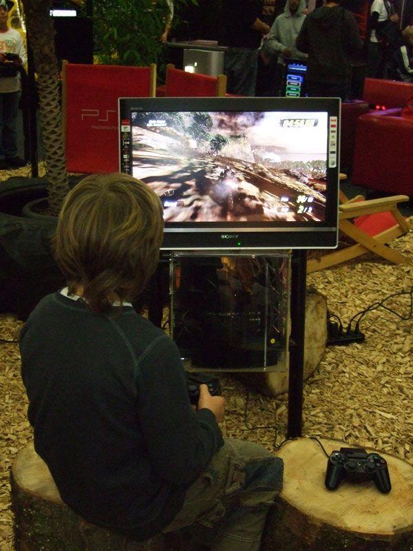 E-Games / Suisse Toy 2008 - Fotos - Artworks - Bild 18
