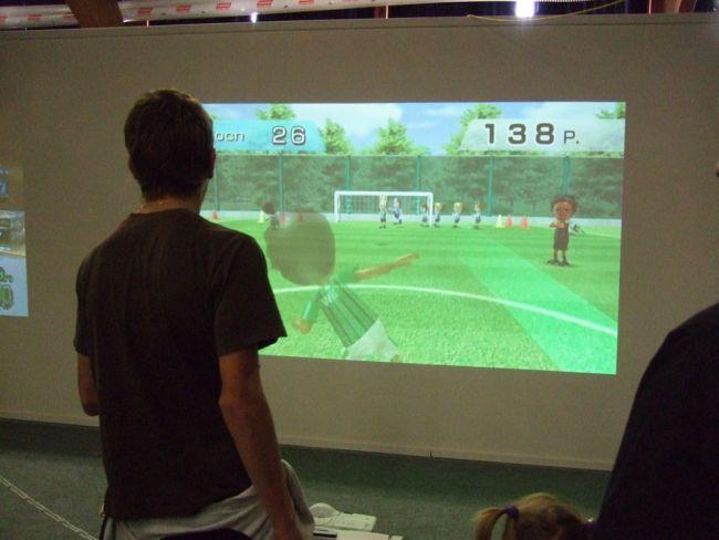 E-Games / Suisse Toy 2008 - Fotos - Artworks - Bild 25
