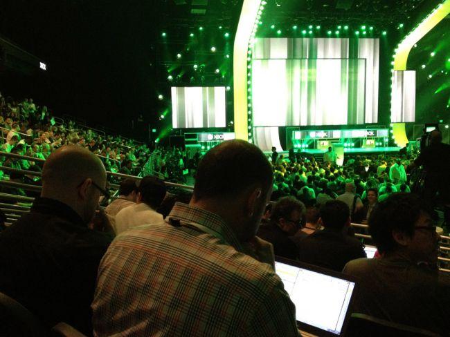 E3 2012 Fotos: Tag 1 - Artworks - Bild 2