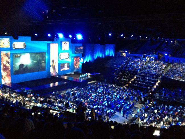 E3 2012 Fotos: Tag 1 - Artworks - Bild 3