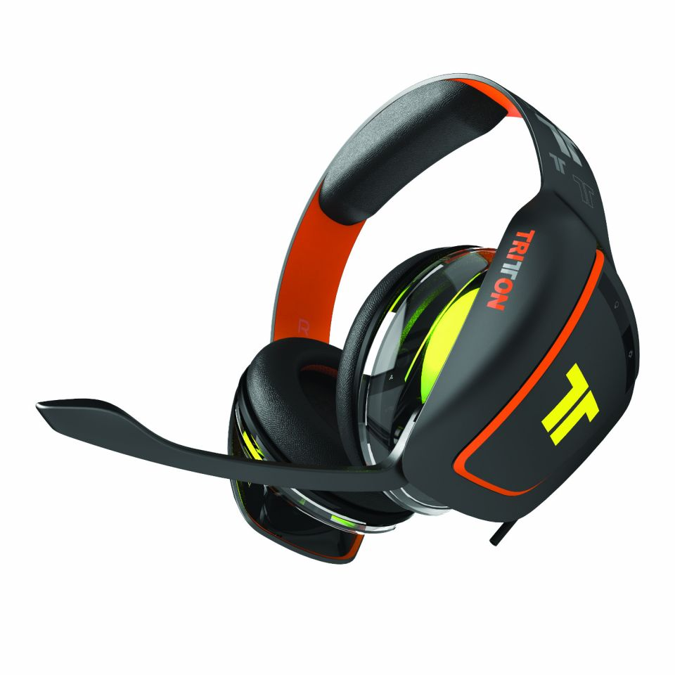 tritton ark 100 die neuen headsets f r ps4 xbox one und. Black Bedroom Furniture Sets. Home Design Ideas